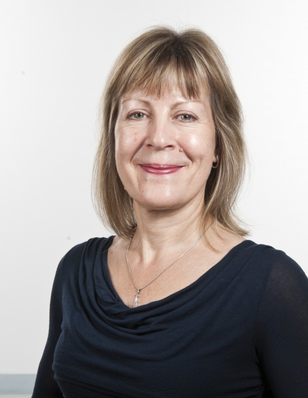 Professor Lesley Rhodes