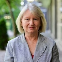Professor Gillian Wallis