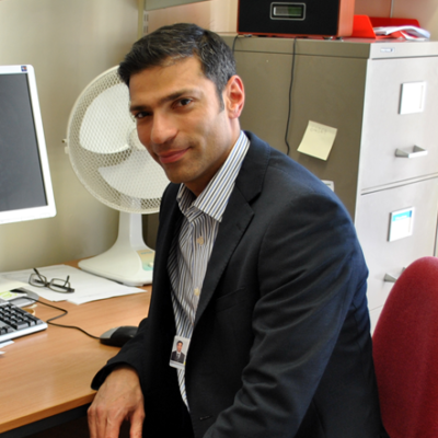 Industry award to MSK theme researcher, Dr Hector Chinoy, for rare disease trial
